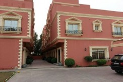 FULLY FURNISHED COMPOUND VILLA FOR RENT CLOSE TO SAUDI CAUSEWAY